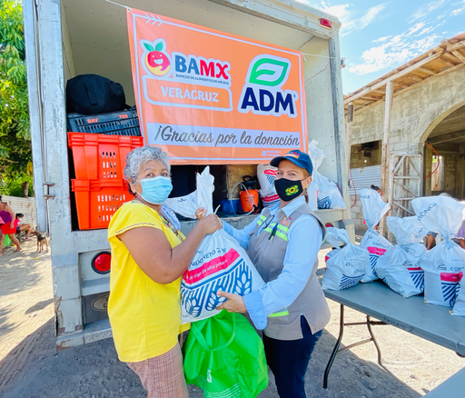 La Red BAMX y Fundación ADM donaron 5 mil paquetes alimentarios a comunidades vulnerables